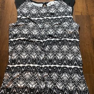 Black sleeveless printed blouse